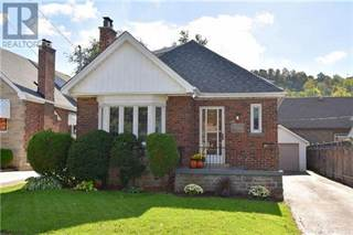 Single Family for sale in 1666 KING ST E, Hamilton, Ontario