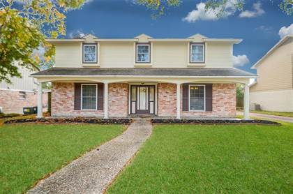 Residential for sale in 14107 Piping Rock Lane, Houston, TX, 77077