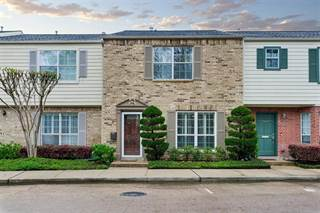 Townhouse for sale in 12675 Rip Van Winkle Drive 29, Houston, TX, 77024