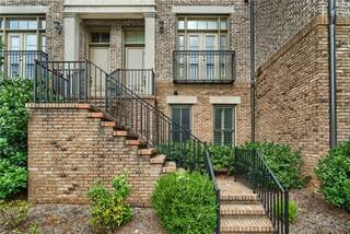 Townhouse for rent in 3566 Roswell Road NW, Atlanta, GA, 30305