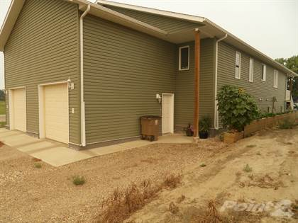 Residential Property for rent in Meadowbrook Green, Brooks, Alberta