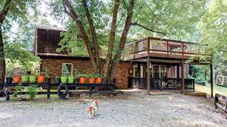 Photo of 325 Right Angle Road, Trapp, KY