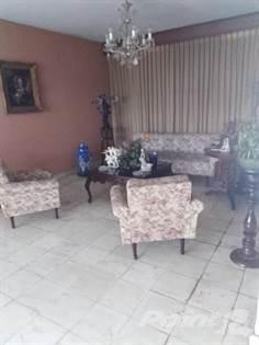 Residential Property for sale in UNA CUADRA PARQUE LAS AMERICAS GARCIA GINERES, Merida, Yucatan