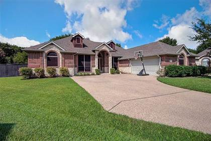 Residential for sale in 2306 Blanco Court, Arlington, TX, 76001