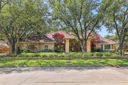 Residential for sale in 16928 Club Hill Drive, Dallas, TX, 75248