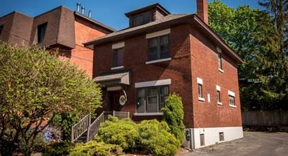 Apartment for rent in 322 Waverley Street, Ottawa, Ontario, K2P 0W3