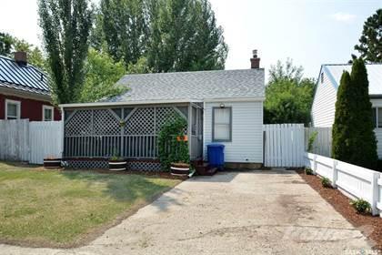 Residential Property for sale in 1527 D AVENUE N, Saskatoon, Saskatchewan, S7L 1P7