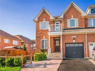 Residential Property for sale in 158 Old Colony Rd, Richmond Hill, Ontario, L4E5C5