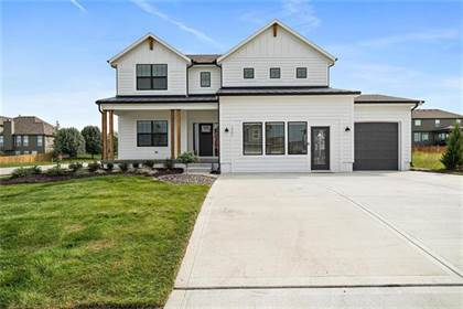 Residential Property for sale in 13400 W 182nd Street, Overland Park, KS, 66062