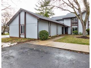 Townhouse for sale in 778 Pipes Ct, Greater Macedonia, OH, 44067