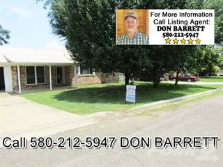 Residential Property for sale in 111 SW Hayes, Idabel, OK, 74745