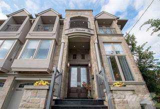House for sale in 212 Harlandale Ave, Toronto, Ontario