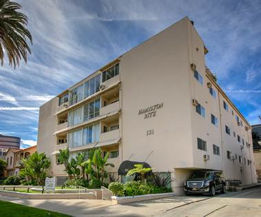 Apartment for rent in 131 N. Hamilton Dr., Beverly Hills, CA, 90211