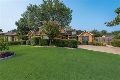 Residential for sale in 601 Gunnison Drive, Arlington, TX, 76006