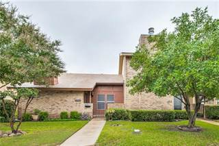 Townhouse for sale in 2810 Summit View Drive, Bedford, TX, 76021