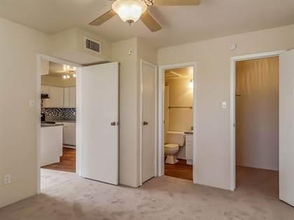 Apartment for rent in 5915 Flintlock Rd, Houston, TX, 77040