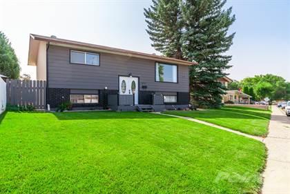Residential Property for sale in 2409 24 Street SE, Medicine Hat, Alberta, T1B 1B1