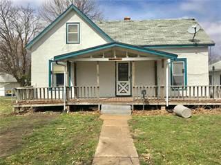 Single Family for sale in 312 Shawnee Street, Hiawatha, KS, 66434