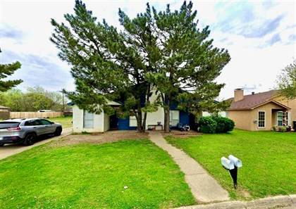 Residential for sale in 2705 Parkchester Drive, Arlington, TX, 76015