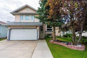 Single Family for sale in 212 DEL RAY RD NE, Calgary, Alberta