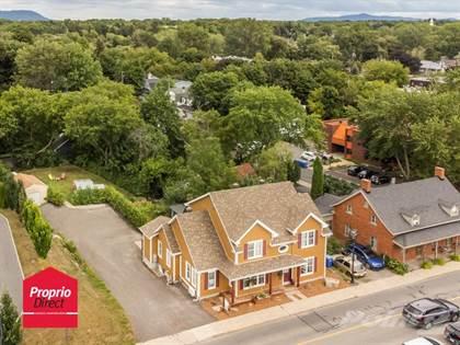 Residential Property for sale in 2289 Av. Bourgogne, Chambly, Quebec, J3L1Z9