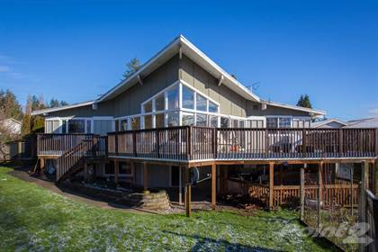 Residential for sale in 9693 Crest Dr, Blaine, WA, 98230