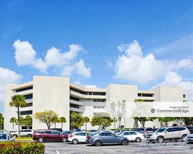 Office Space for rent in 9250 West Flagler Street, Miami, FL, 33174