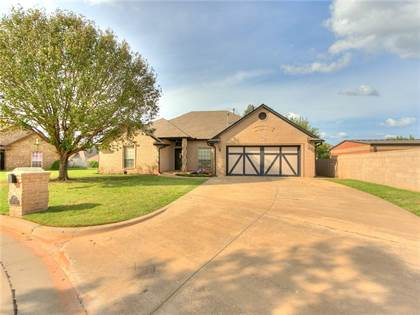 Residential for sale in 14717 Waterfront Road, Oklahoma City, OK, 73013