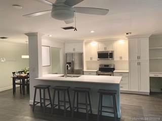 Townhouse for sale in 2137 NW 45th Ave 524, Coconut Creek, FL, 33066