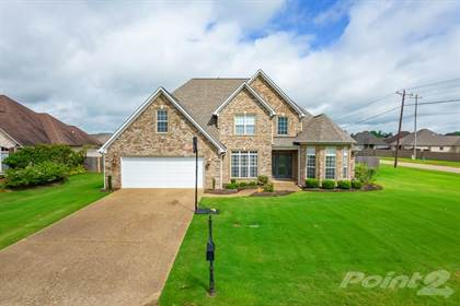 Single-Family Home for sale in 7 Woodwinds Cove , Jackson, TN, 38305