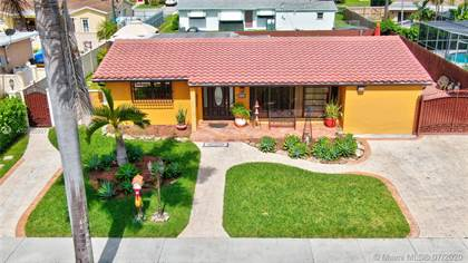 Residential for sale in 4940 SW 95th Ct, Miami, FL, 33165