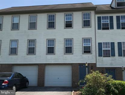 Residential Property for sale in 1104 HEARTHRIDGE LANE, Greenbriar, PA, 17404