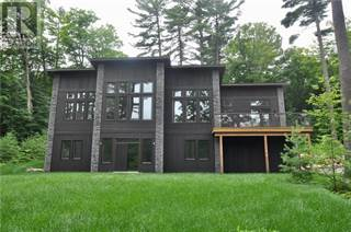 Single Family for sale in 389 SWALLOWDALE ROAD, Huntsville, Ontario