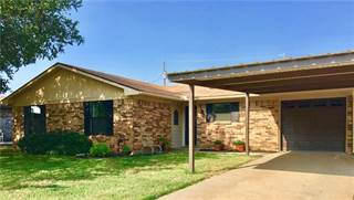 Single Family for sale in 1802 Lindy, Graham, TX, 76450