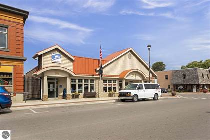 Commercial for rent in 244 S Benzie Boulevard D1, Beulah, MI, 49617