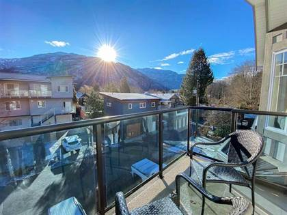 Multi-family Home for sale in 38030 SEVENTH AVENUE, Squamish, British Columbia, V0N3G0