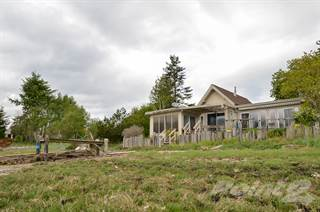 Residential Property for sale in 5492 Deep Bay Dr, Qualicum Beach, British Columbia
