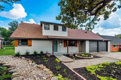 Residential for sale in 1102 Darlene Lane, Arlington, TX, 76010