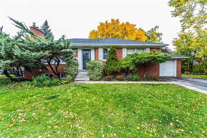 Residential Property for rent in 128 Rathburn Rd, Toronto, Ontario, M9B2K6