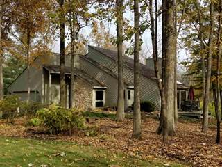 Single Family for sale in 10020 Saint Clair's Retreat, Fort Wayne, IN, 46825