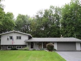 Residential Property for sale in 852 Forest Avenue, Fulton, NY, 13069