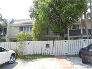 Townhouse for sale in 8116 SW 81st Pl, Miami, FL, 33143
