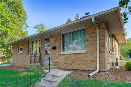 Residential Property for sale in 3535 W Sunbury Ct, Milwaukee, WI, 53215