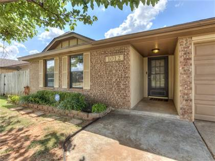 Residential for sale in 1012 SW 99th Place, Oklahoma City, OK, 73139
