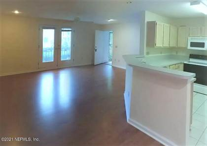 Residential Property for sale in 13715 RICHMOND PARK DR 102, Jacksonville, FL, 32224