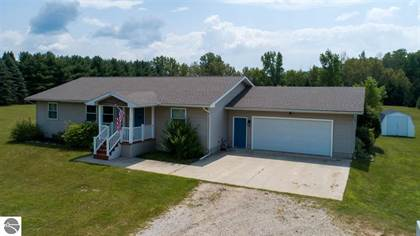 Residential Property for sale in 5853 W River, Weidman, MI, 48893