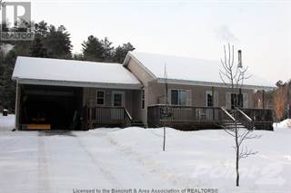 Single Family for sale in 321 CHEMAUSHGON RD, Bancroft, Ontario