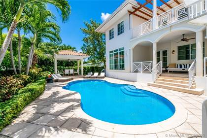 Residential Property for sale in 135 Woodcrest Ln, Key Biscayne, FL, 33149
