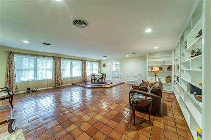 Residential Property for sale in 824 S Collins Street, Arlington, TX, 76010