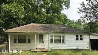 Single Family for sale in 702 Thomas, McLeansboro, IL, 62859